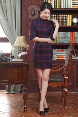 Red  Checked 3/4 Sleeves Cheongsam