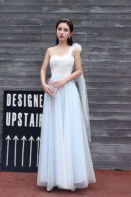 White Blue One-Shoulder Dreamy Gown