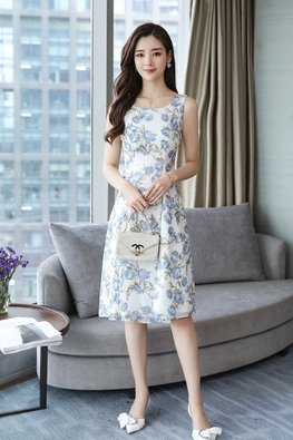 White Round Neck Floral Prints A-line Dress (Express)