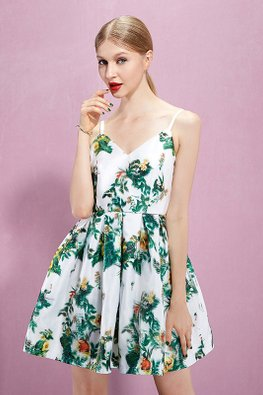White V-Neck Sleeveless Back Cut Out Floral Princess Dress