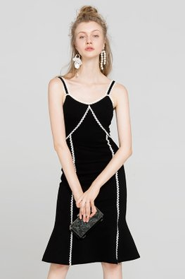 Monochrome V-Neck Mermaid Dress