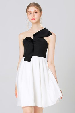 Monochrome Illusion Sweetheart Neckline Sleeveless  A-line Dress