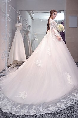 Embroidery Lace Long Sleeves Open Back Wedding Gown with Chapel Train