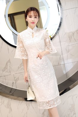White Mandarin Collar Keyhole Wide Sleeves Embroidery Cheongsam