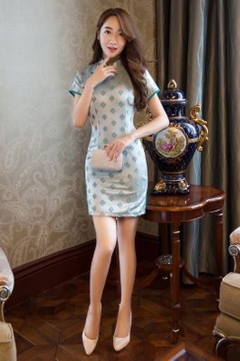Green Trimmings Cloud Mini Cheongsam