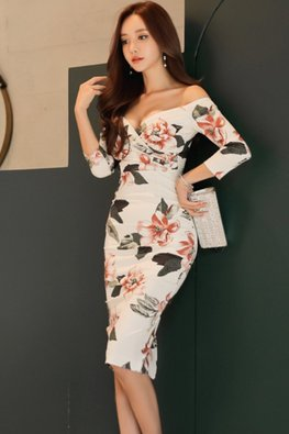 White Off-Shoulder Sweetheart 3/4 Sleeves Floral Dress