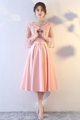 Pink V-Neck Trumpet Sleeves Embroidery Gown