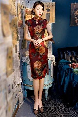 Red Mandarin Collar Keyhole Cap Sleeves Floral Cheongsam