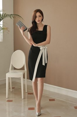 Black Asymmetrical Neckline White Bow Dress