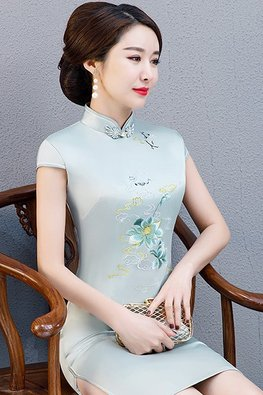 Assorted Colours Mandarin Collar Cap Sleeves Silk Cheongsam