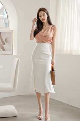 2-pc Pink Pleated Top with White Mermaid Skirt