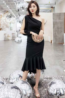 Black One-Shoulder Long Open Sleeves Mermaid Dress
