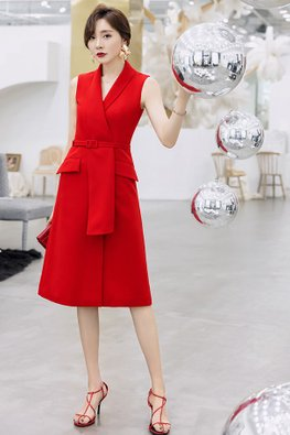 Red V-Lapel Collar Belt Dress