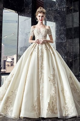 Light Champagne Off-Shoulder Royal Wedding Gown
