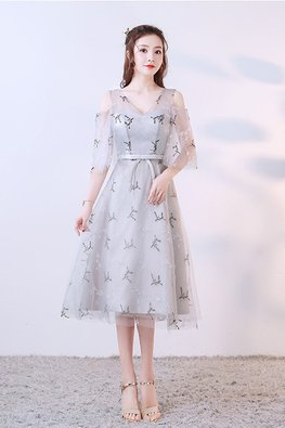 Silver Grey V-Neck Illusion Open Sleeves Embroidery Tea-Length Gown