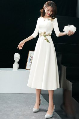 Light Champagne Mini V Neckline Elbow Sleeves Floral Tea Length / Long Dress