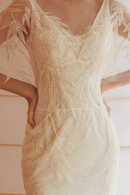 Nature Inspired V / U-Neckline Sheer Sleeves Trumpet Wedding Gown
