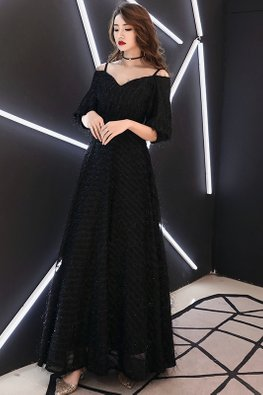 Black Sweet-V-Neck Strap Feather Gown