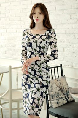 Hibiscus Floral Square Neckline Long Sleeves Dress