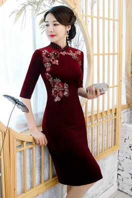 Red Beaded Mandarin Collar 3D Rose Applique Cheongsam