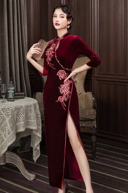 Red / Purple Keyhole High Slit Velvet Cheongsam