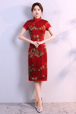 Red Mandarin Collar Short Sleeves Floral Silk Cheongsam