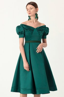 Green Off-Shoulder Puff Sleeves Pleated Gown