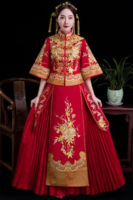 Red Wide Sleeves Pleated Bottom Gold Silver Embroidery Kua