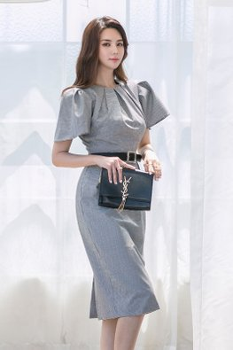 Grey Round Neck Wide Bubble Sleeves Dress
