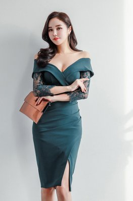 Green Off-Shoulder Sheer Lace Sleeves Sheath Dress