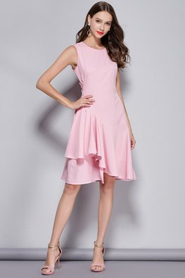 Pink Round Neck Waist Lace-Up Side Gather Dress