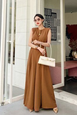 Brown / Black Round Neck Sleeveless High Slit Belted Dress
