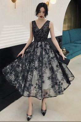 Black V-Illusion Sweetheart Pleated Stars Dress