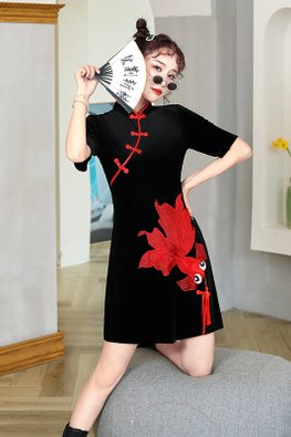Black Mandarin Collar Red Trimmings Goldfish Tassel Mini Cheongsam