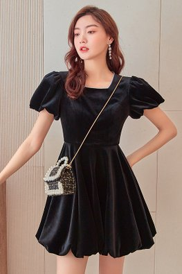 Black Square Neckline Short Sleeves Bubble Velvet Mini Dress