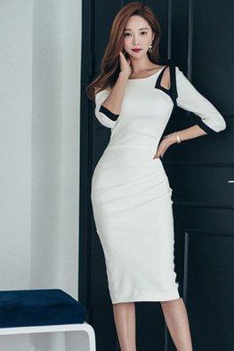 White Wide Neck Black-Lined Cut-Out Shoulder Ribbon Dress